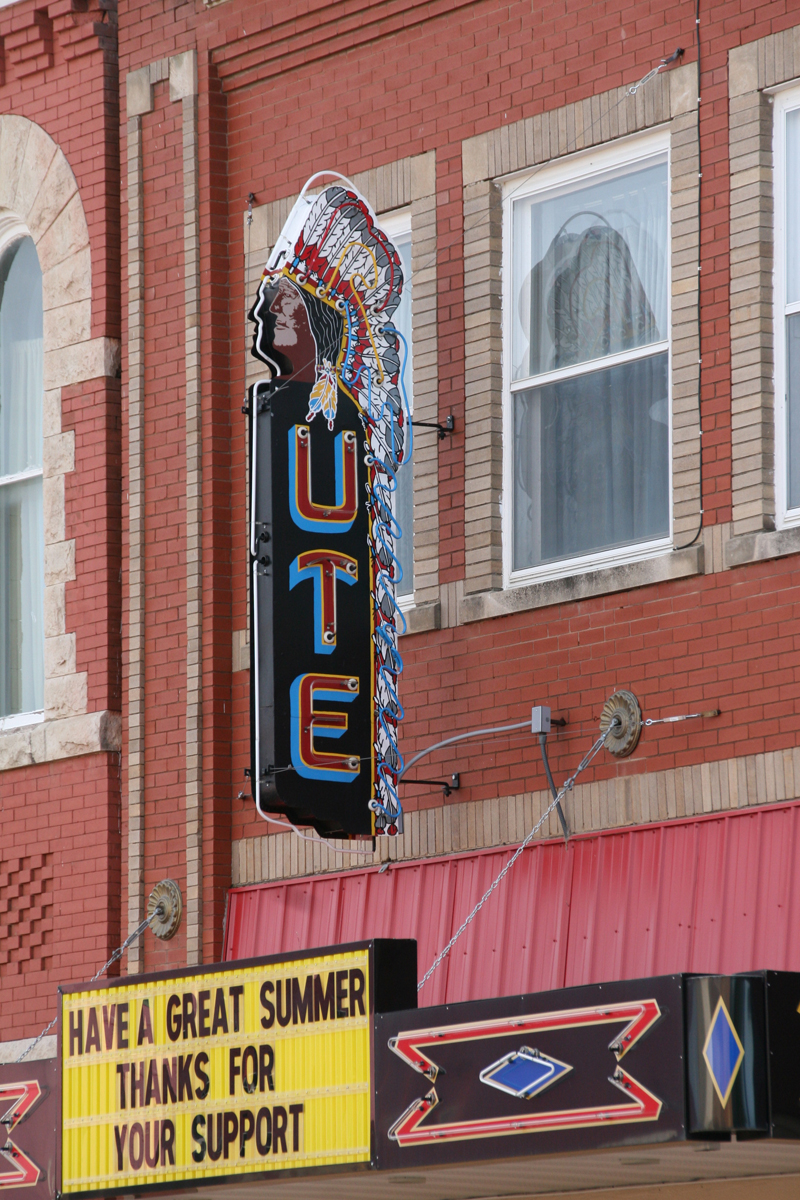 Kansas jewell county randall - Thanks To Efforts Of Many The Ute Theater Is Once Again Providing Movies For The Community